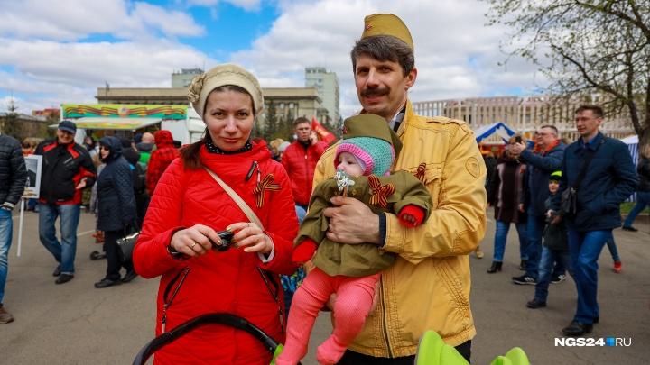 «Это больше, чем просто память»: трогательные кадры с Дня Победы в Красноярске
