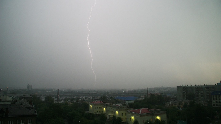 Майскую жару в Челябинске сменят дожди, грозы и град