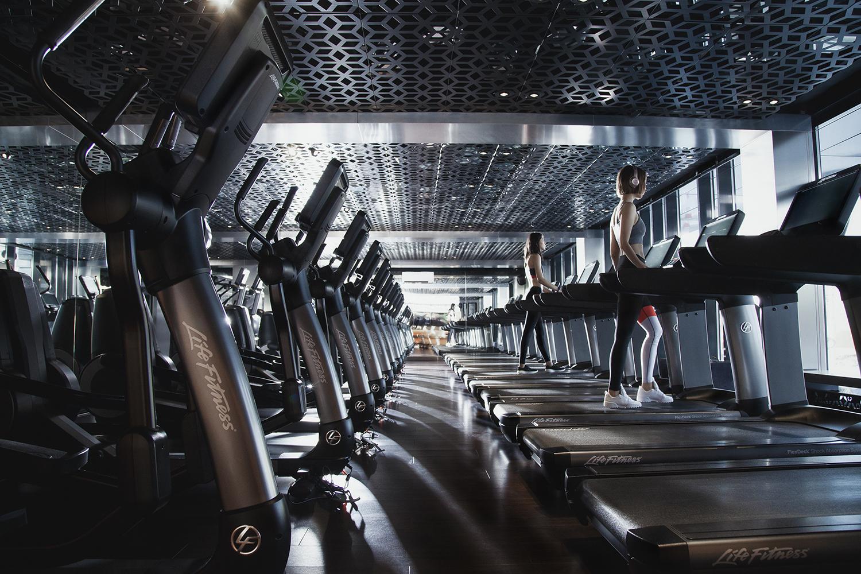Бассейн фитнес-клуба EDGE Premium Fitness стал победителем 12-го всероссийского конкурса «Бассейн 2018» в номинации «Лучший общественный плавательный бассейн России»