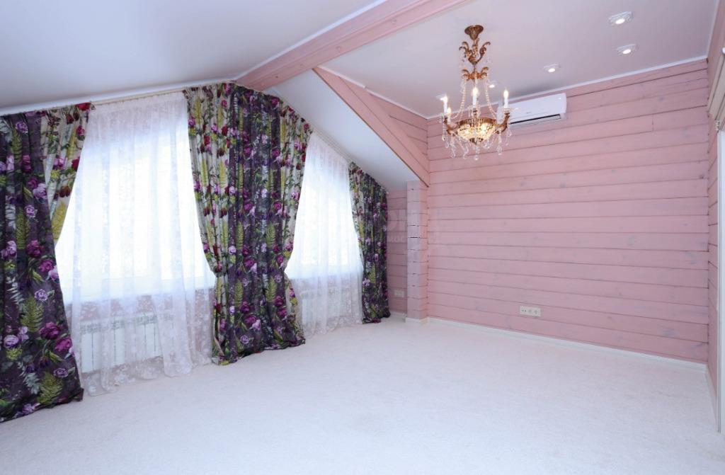 И та самая розовая комната