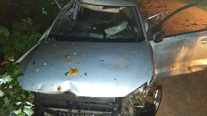 На трассе в Башкирии разбилась семья из трех человек