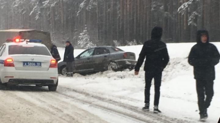Как Екатеринбург пережил сильнейший снегопад: всё о ДТП и последствиях