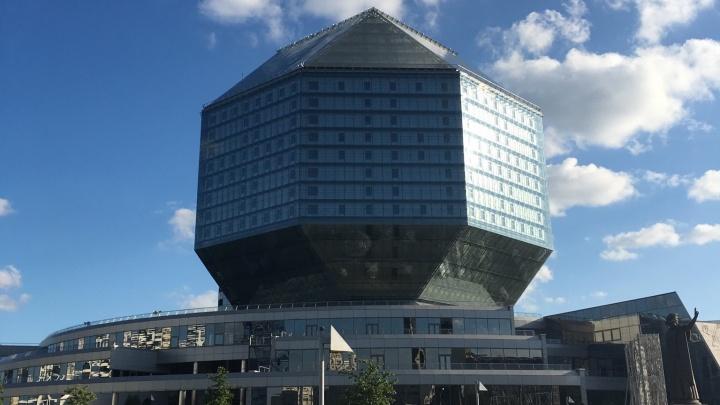 «До переезда в Нижний Новгород Минск казался скучным»: белорус о синих заборах и страшных пазиках