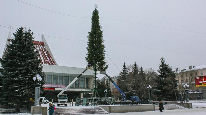 Улицу Лермонтова у Театральной площади перекроют к Новому году