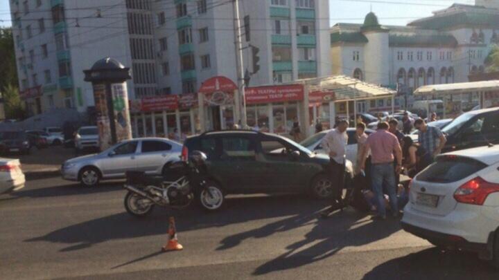 В Уфе водитель сбил пешехода, переходившего дорогу на красный
