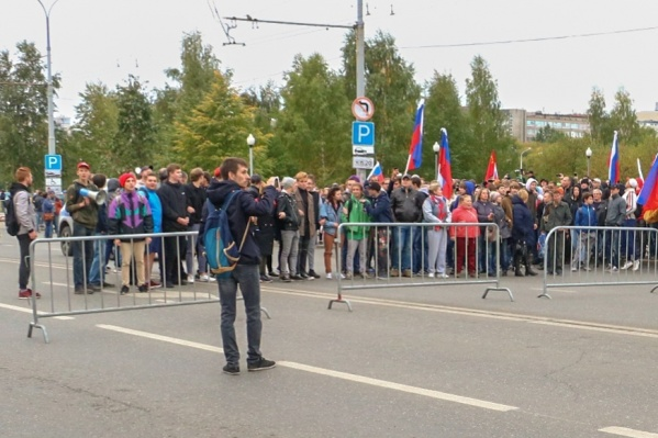 Владислав Аскариди на протестной акции