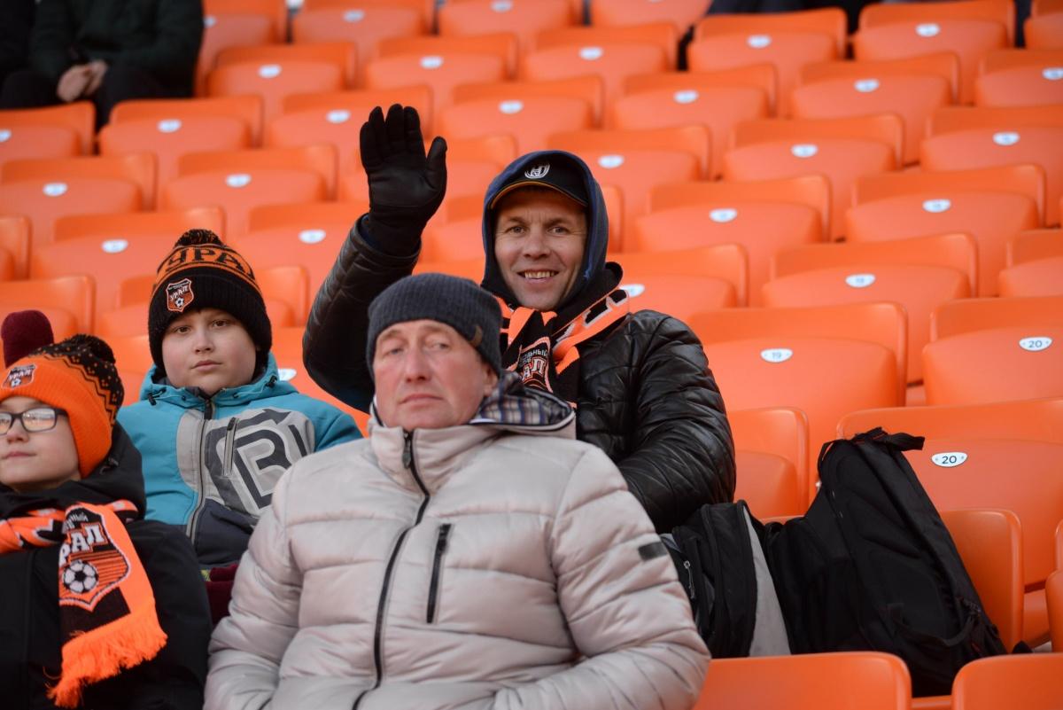 Футбол в режиме онлайн: в скучной игре ЦСКА с трудом одолел «Урал» в Екатеринбурге