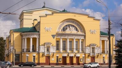 Сом в 400 килограммов, старинный замок и театр: в Ярославле запустили народный онлайн-гид