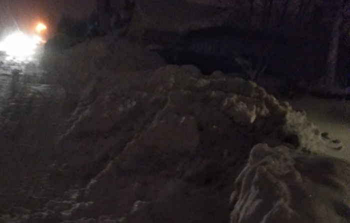 Последствия уборки снега в частном секторе в Дзержинском районе