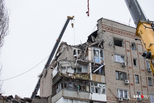 К восстановлению разрушенного дома приступят в апреле