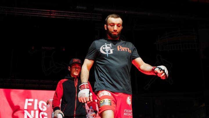Уральский боец стал чемпионом лиги, из которой попадают в UFC
