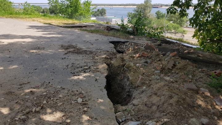 «Это настоящий провал нашей власти»: под музеем-панорамой «Сталинградская битва» растет вечная яма