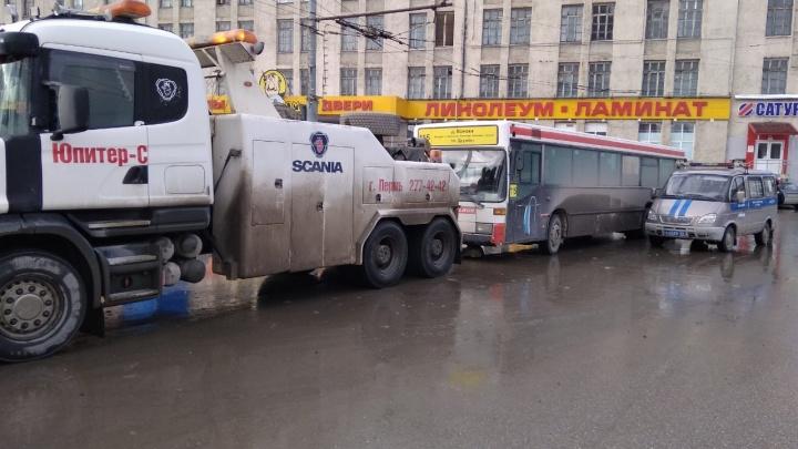 Пермяков просят жаловаться в ГИБДД на водителей автобусов, которые нарушают правила