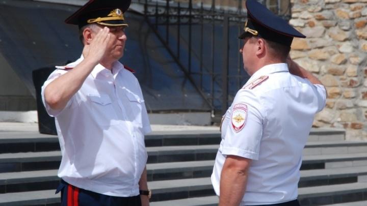 Глава волгоградской полиции отвёз академика МВД на новую работу