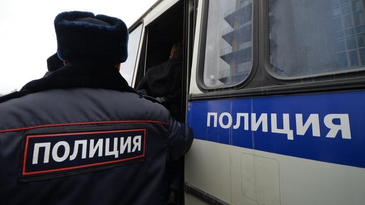 В Екатеринбурге будут судить банду экстремистов, которые избивали людей неславянской внешности