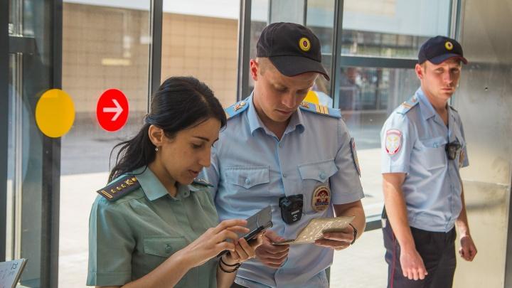 Добрались: судебные приставы нашли автомобиль должника в ростовском автосервисе