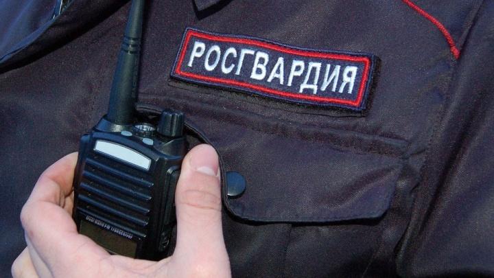 Ворвался в квартиру к ребенку: в Перми по горячим следам задержали грабителя