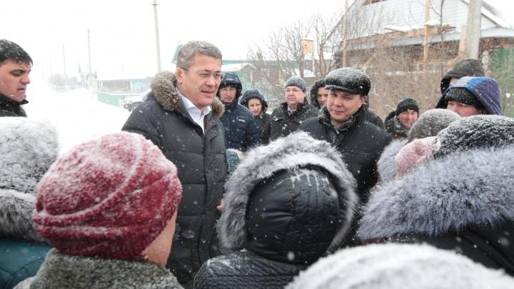 Радий Хабиров рассказал, почему зимой не носит шапку