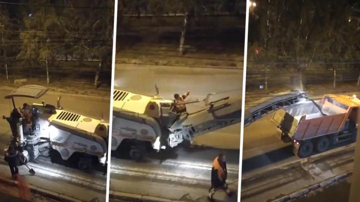 Всю ночь гудели: ремонт дороги разбудил жильцов дома на Красном проспекте