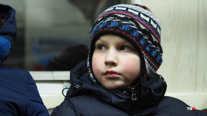 «Вытащила из-под колёс»: в Ярославле водитель троллейбуса спасла 8-летнего мальчика