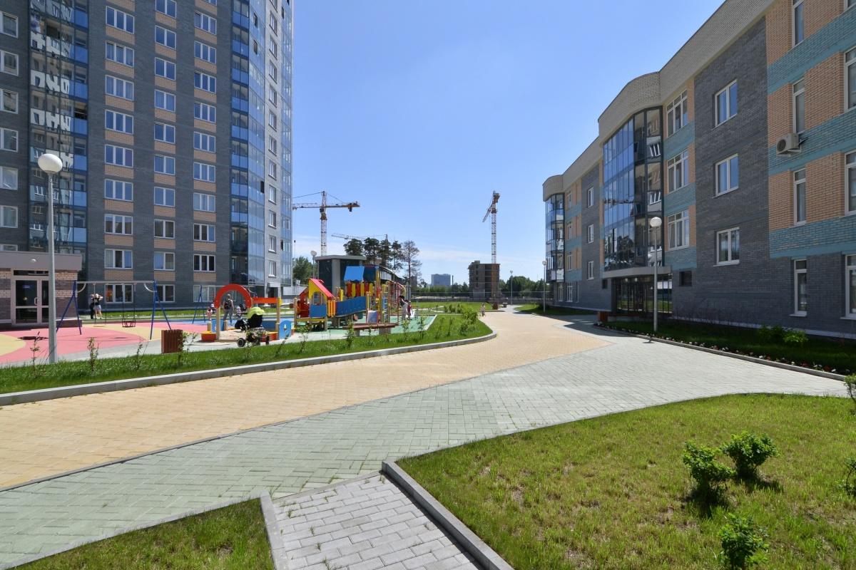 Модные тренды в благоустройстве: обзор красивых дворов Екатеринбурга