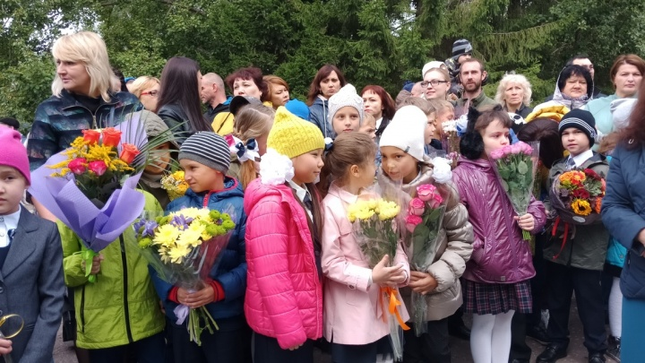 Снова в школу: как празднуют День знаний в Омске