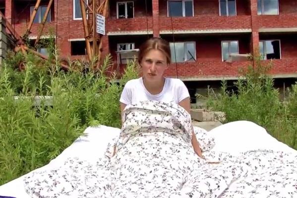 Машани снимала клип на долгострое в Томске