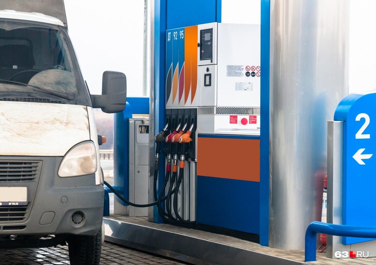 Топливо по 50 рублей за литр? В 2019 году — не исключено