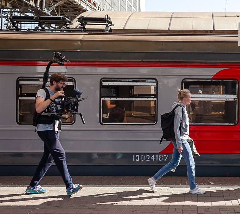 Ради съёмок короткометражки арендовали целый вагон поезда