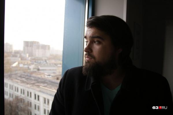 Анатолий Головко, выпускник САГМУ, работал в полиции, с февраля 2018 года — корреспондент 63.ru<br>