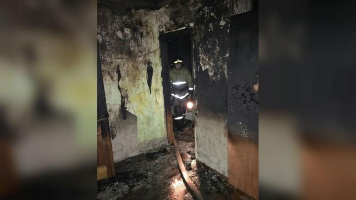 В северной части Уфы вспыхнула квартира: погиб мужчина