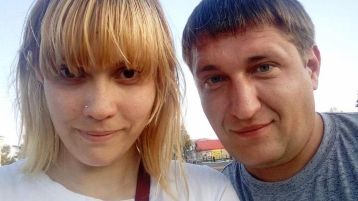 «Сказали собирать чеки»: жена пострадавшего на нефтезаводе рабочего встретилась с его начальником