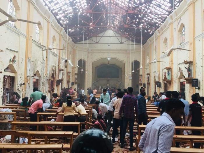 Взрывы прогремели в церквях и пятизвездочных отелях