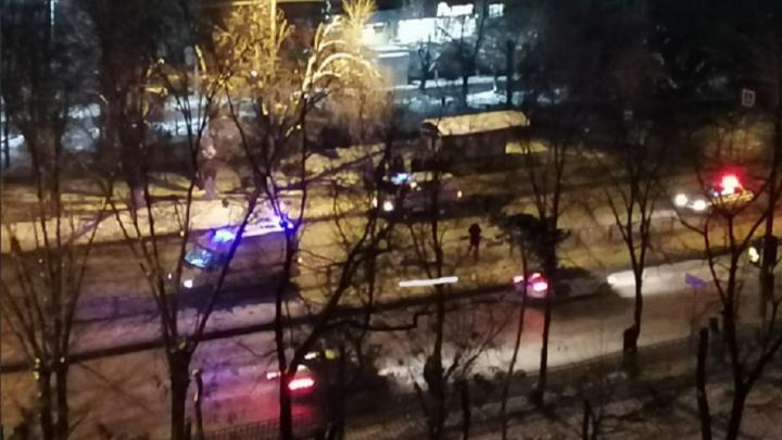 Волгоградцы сообщают о смертельном наезде на пешехода