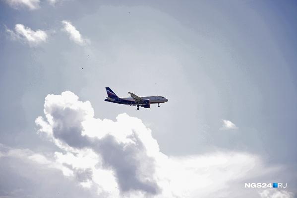 Самолет Airbus A319 авиакомпании «Уральские авиалинии» летел рейсом Чита — Москва