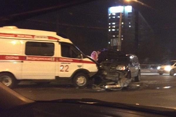 Травмы получила пассажирка «скорой»