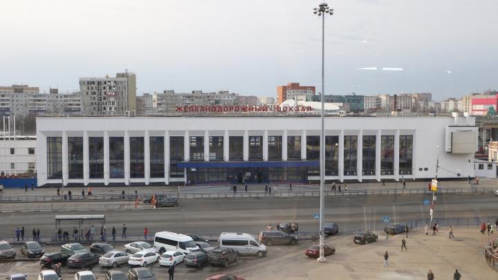 Здание Московского вокзала эвакуировали из-за сообщении о бомбе