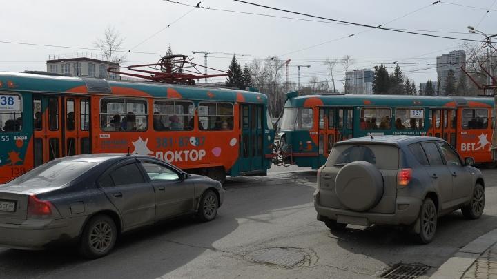 Готовьтесь постоять в центре: проспект Ленина будут перекрывать до октября