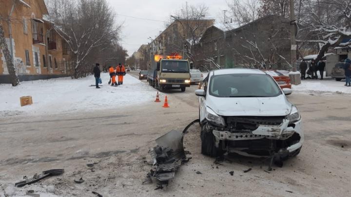 """«Знака """"Стоп"""" не было!»: очевидцы — о том, как произошла смертельная авария на Эльмаше"""
