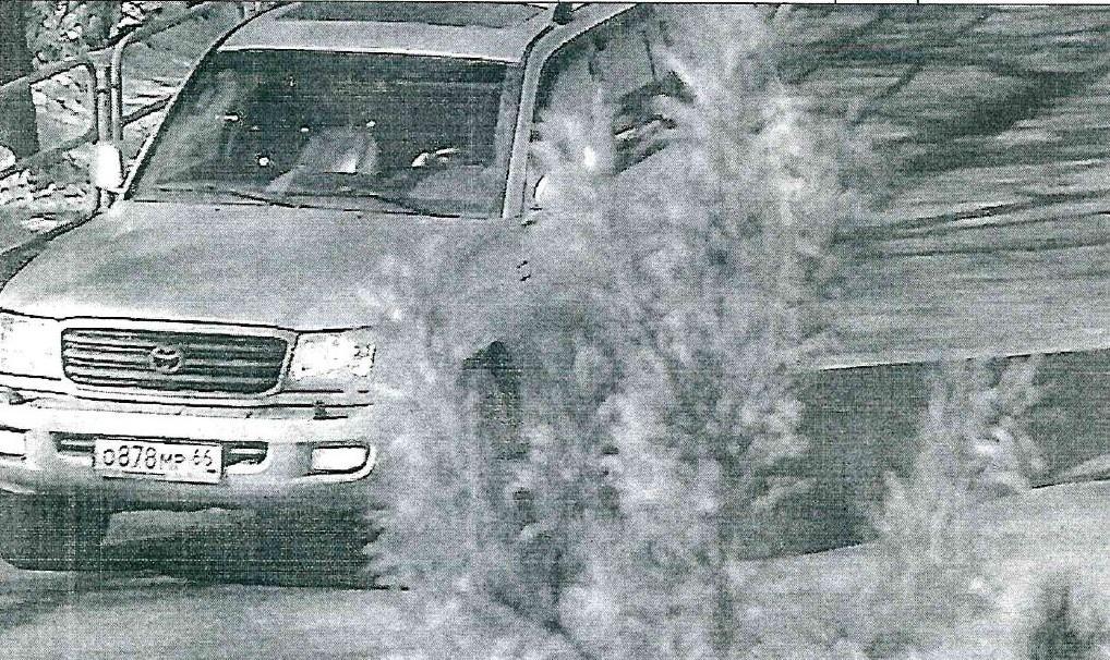 Кадр с камеры видеофиксации: автомобиль, во многих деталях совпадающий с задержанным, ездит по городу