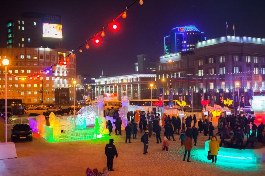 Челябинцы заждались открытия ледового городка