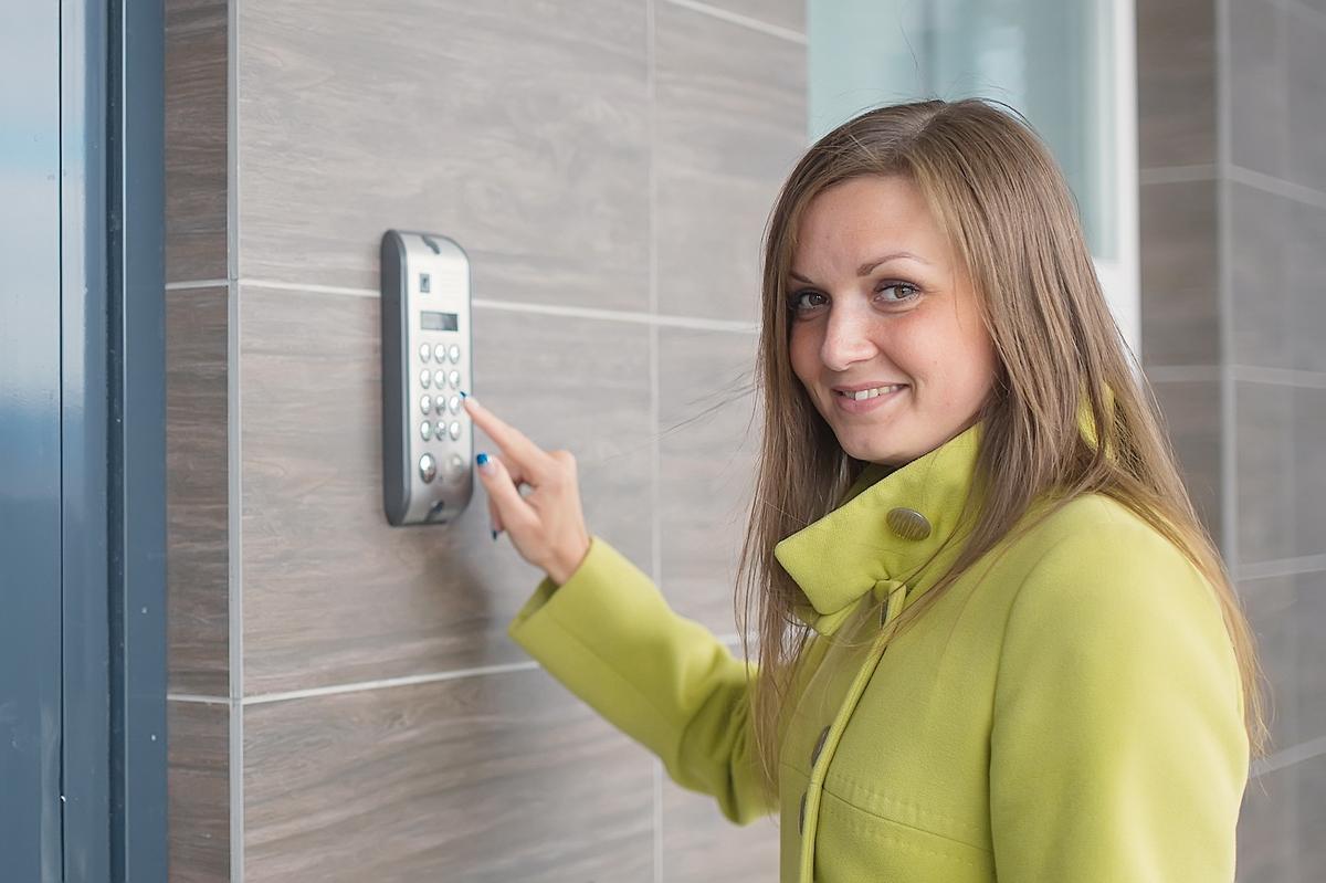 Алена очень довольна, что выбрала квартиру именно в ЖК «Уральский»