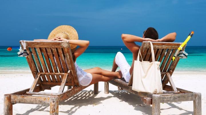 Если лето не наступило: топ «горящих» предложений для пляжного отдыха