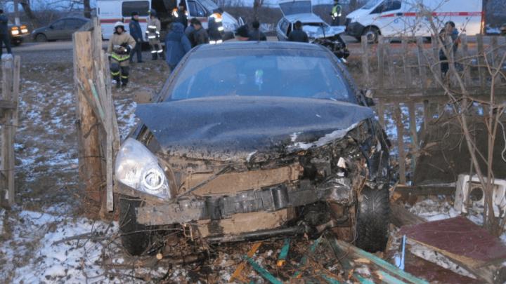 В Кумертау в лобовом столкновении ВАЗ-2109 с иномаркой два человека пострадали