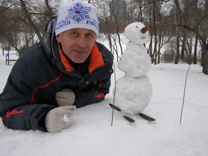 Александр Лыхин ходит в походы больше 50 лет и больше 20 лет учит ходить в лес детей