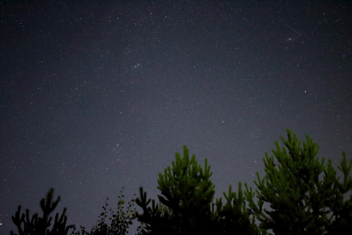 Август 2018 г. Двойное скопление Хи и Аш Персея, Галактика Андромеда, Большая Медведица. Снимок сделан в Белоярском районе. Автор фото: Тимур Ли