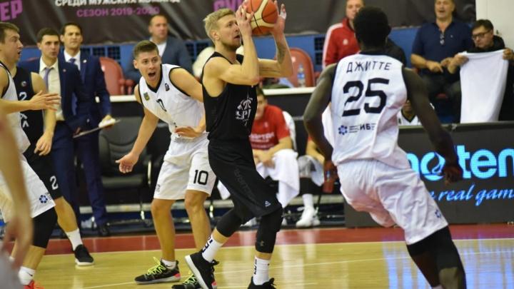Лидировали, но не справились в усечённом составе: баскетбольный «Урал» проиграл матч во Владивостоке
