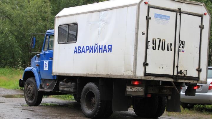 В Архангельске строители повредили кабель и обесточили центральную насосную станцию