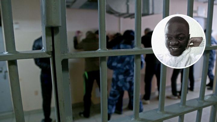 Жаловался на самочувствие и галлюцинации: в ИВС Уфы пытался убить себя арестант-иностранец