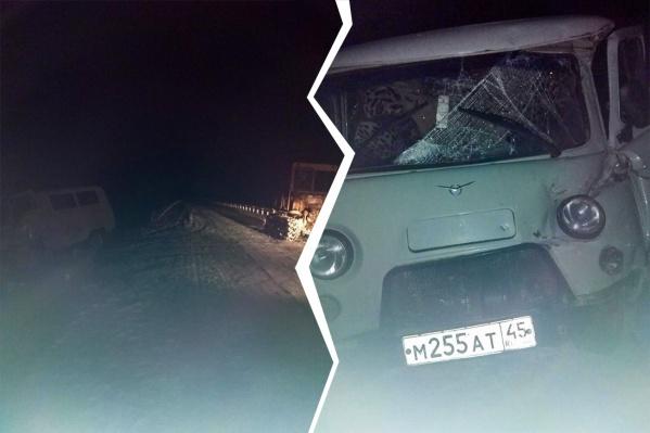 Автомобиль УАЗ был с курганскими номерами, а трактор — с прицепом
